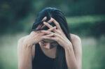 cara-jaga-kesehatan-mental-saat-menghadapi-second-wave-halodoc