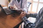 Kapan Herpes Kelamin pada Pria Harus Diperiksakan ke Dokter?