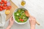 Ini 7 Makanan Sehat untuk Ibu Usai Melahirkan