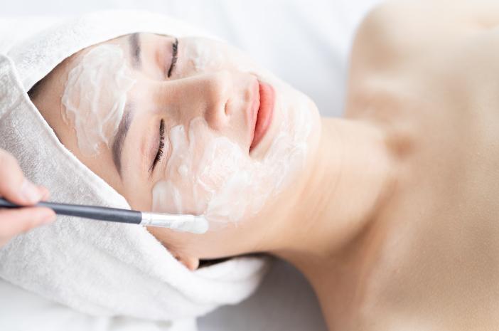 Perawatan yang Bisa Dilakukan di Klinik Kecantikan