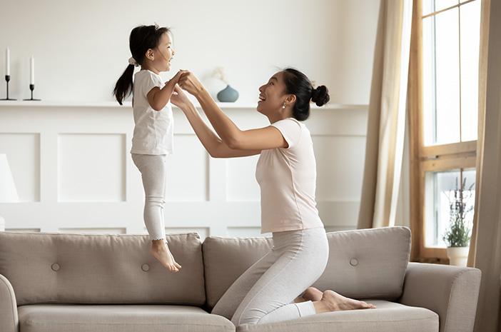 Pentingnya Stimulasi Fisik bagi Anak selama Pandemi