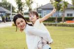Peran Keluarga dalam Menjaga Kesehatan Mental Anak