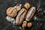 Kenali Makanan Penyebab Hipertiroid yang Harus Dihindari