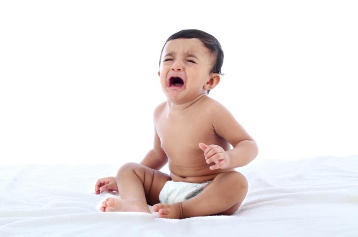 Hernia pada Bayi, Kapan Harus Periksa ke Dokter?