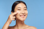 cara ampuh mencegah flek hitam di wajah halodoc