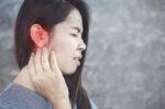 telinga-sering-berdenging-kapan-harus-ke-dokter-tht
