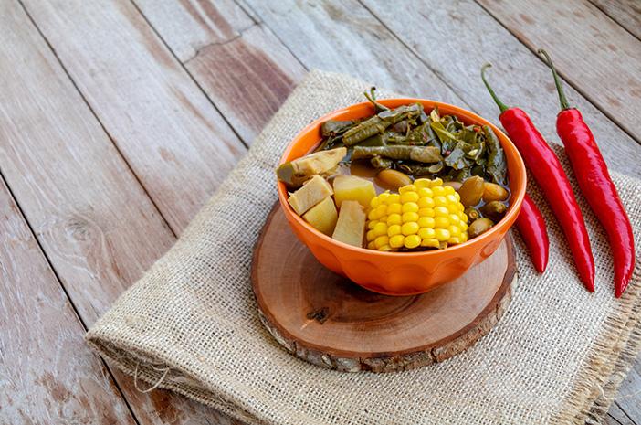 Mengenal Kandungan Nutrisi dalam Sayur Asem