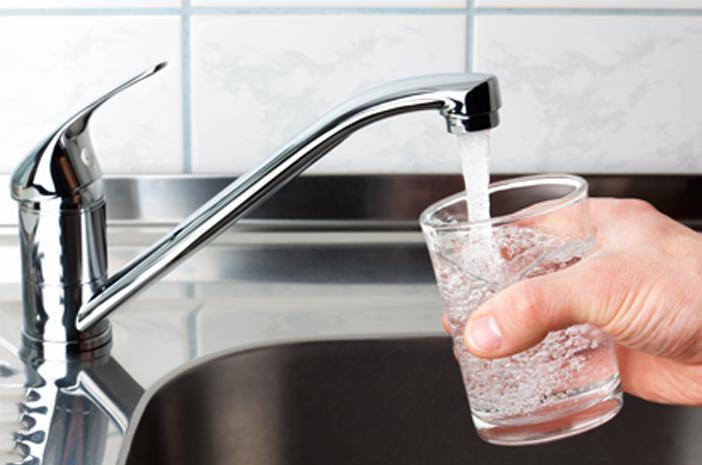 Ketahui Kriteria Air yang Aman dan Layak Diminum