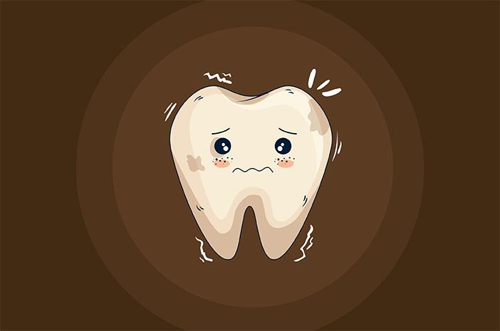 Cara Memutihkan Gigi Kuning yang Membandel secara Alami