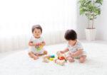 Bukan Cuma Melembapkan Kulit, Ini 4 Manfaat Baby Oil untuk Bayi
