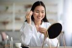 5 Tips Menjaga Kesehatan Kulit Wajah agar Tetap Terawat